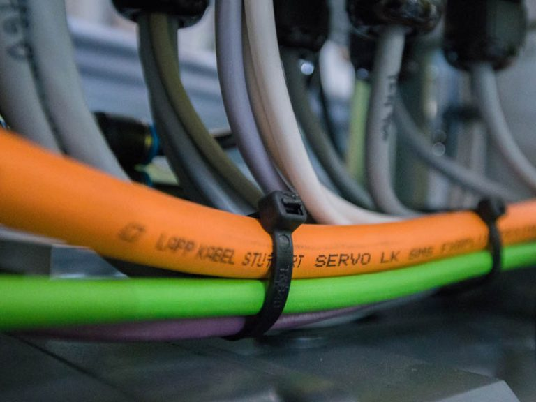 Cabling with cables from LAPP is shown.
