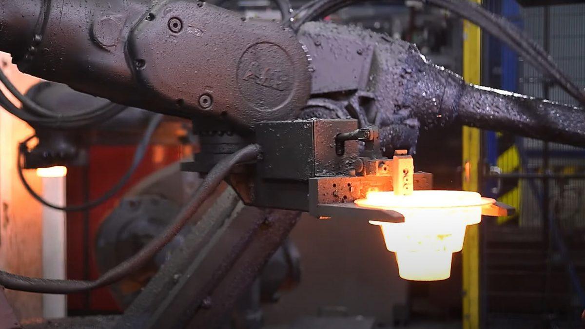 """Video image """"© VIVA Forging Company: Kovárna VIVA promo spot"""""""
