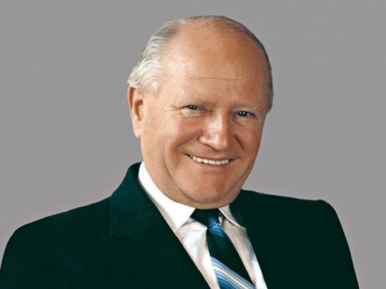 The picture shows a portrait of Oskar Lapp: Pionier, Entrepreneur, Family Man.