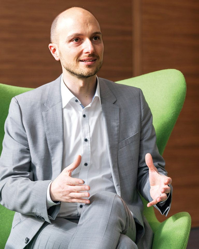 The picture shows a portrait of Alexander Lapp, Global Manager Digital LAPP Group.